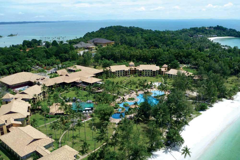 Bintan | Nirwana Resort Hotel + Ferry