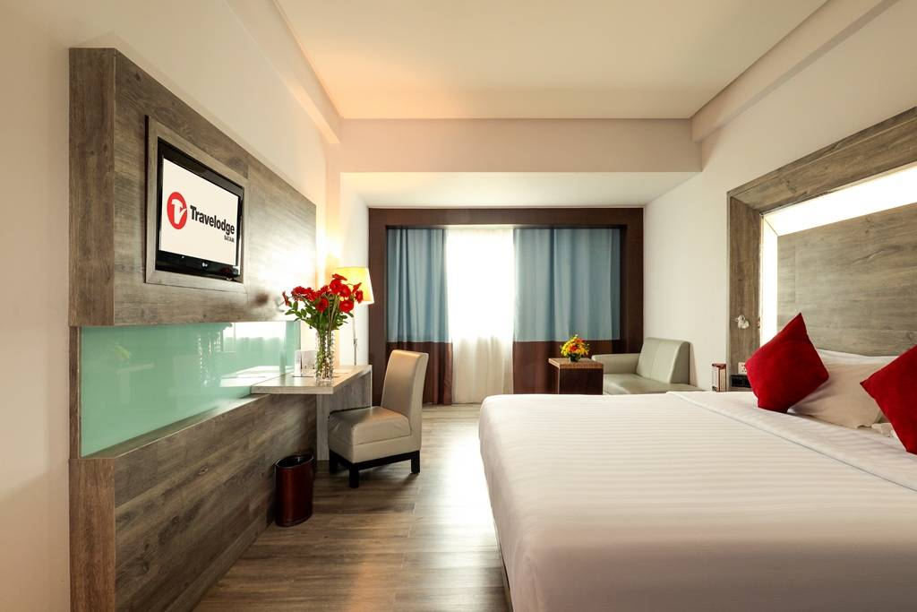 Batam | Travelodge Hotel + 2-Way Ferry Ticket + Daily Breakfast