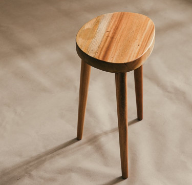 "Curved Stool (Round 18"")"