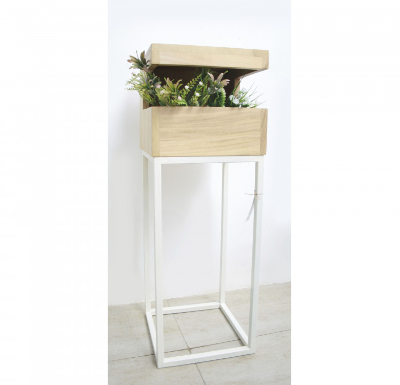 Noosa Plant Stand