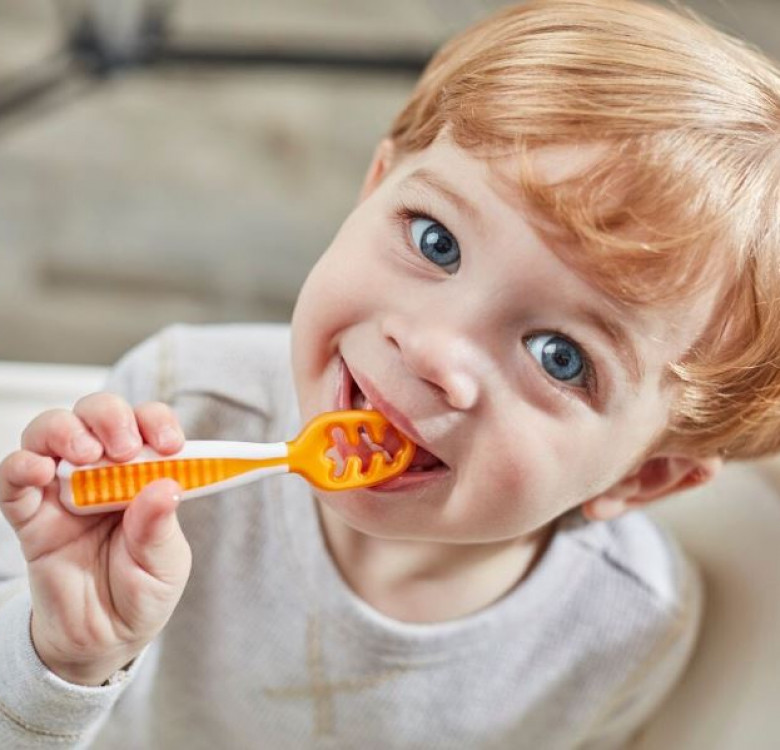Self-Feeding Pre-Spoons (GOOtensils) Set of 2