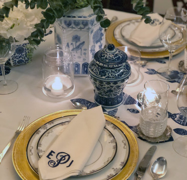 Monogrammed Linen Dinner Napkins for 4