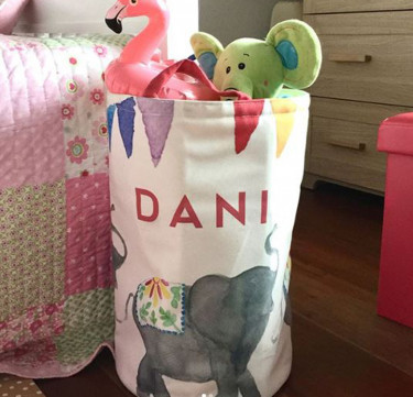 Personalized Kids Storage Bin - Elefante de Fiesta
