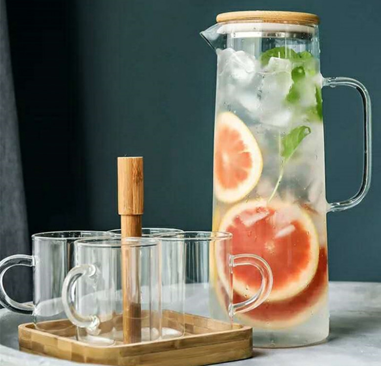 Tapered Jug with Bamboo Lid