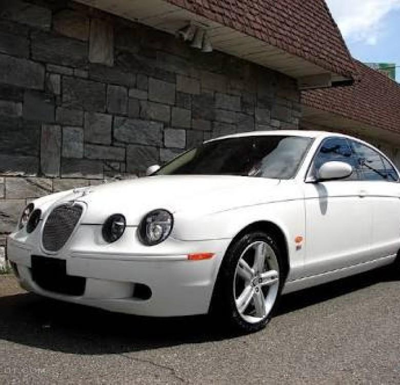 Bridal Car Service: Jaguar S Type Classic