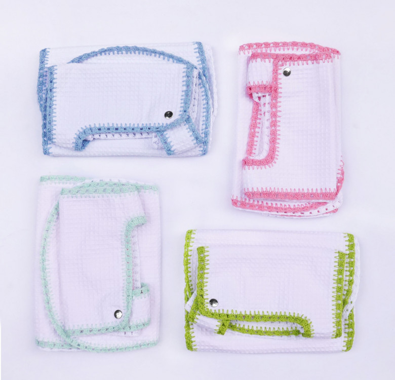 Pack of 2 Hand-crocheted Bib & Burp Cloth Set (Lime and White)