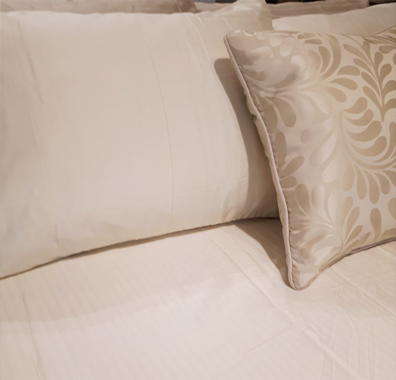 3-Piece Macaroon Cream Sheet Set