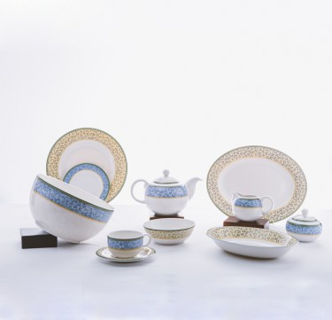 36-Piece Hampshire Dinnerware Set