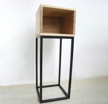 Caluya Plant Stand & Side Table