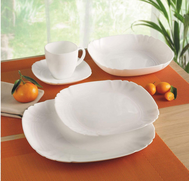 Lotusia 19-Piece Tableware Set