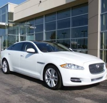 Bridal Car Service: Jaguar XJ