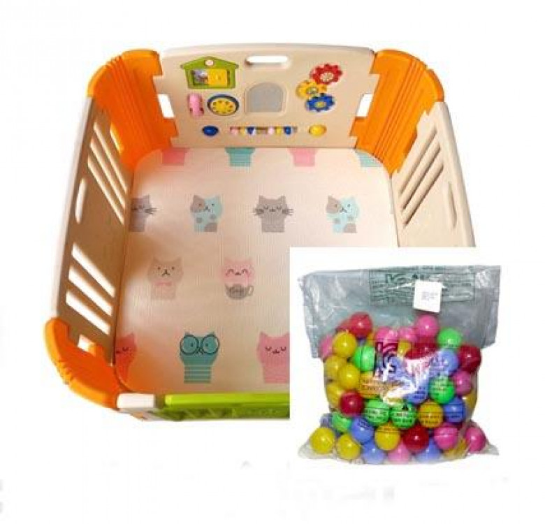 Simple Baby Room with Fitted Mat and Balls