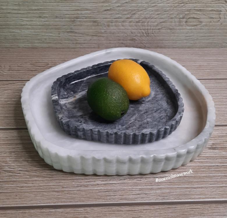 Irregularly-Shaped Marble Fluted Bowl Set