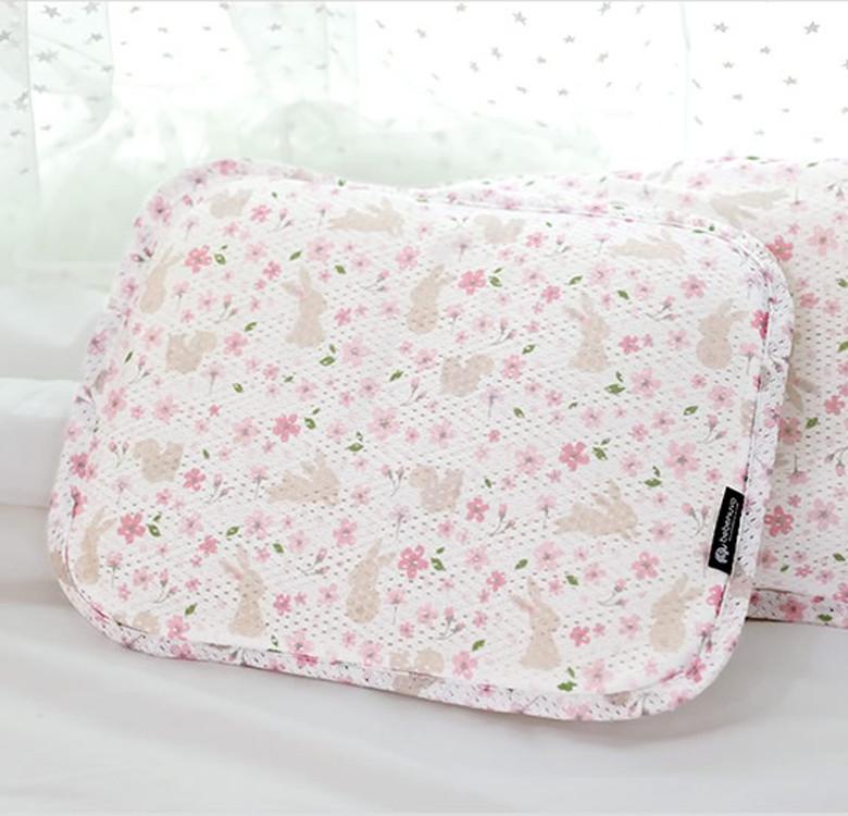 3D Mesh Pillow (Flower Garden)