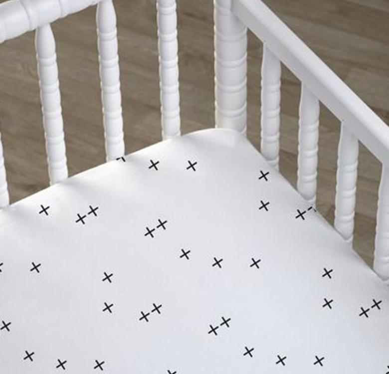 Crisscross Fitted Crib Sheet