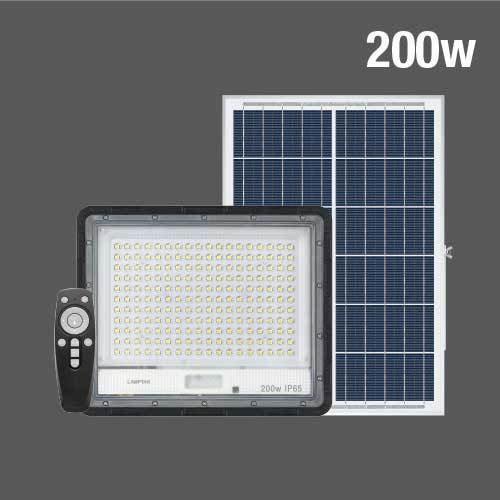 Solar floodlight ss strong web04