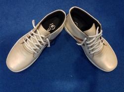 Sepatu Boot Kulit Pria Putih (khusus grosir)