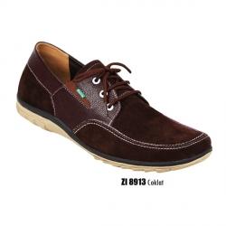 Sepatu Casual Pria Bertali