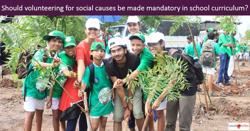 How should volunteering for social causes be included in middle (Grade 6-8) and senior school (Grade 9-12) curriculum in India?