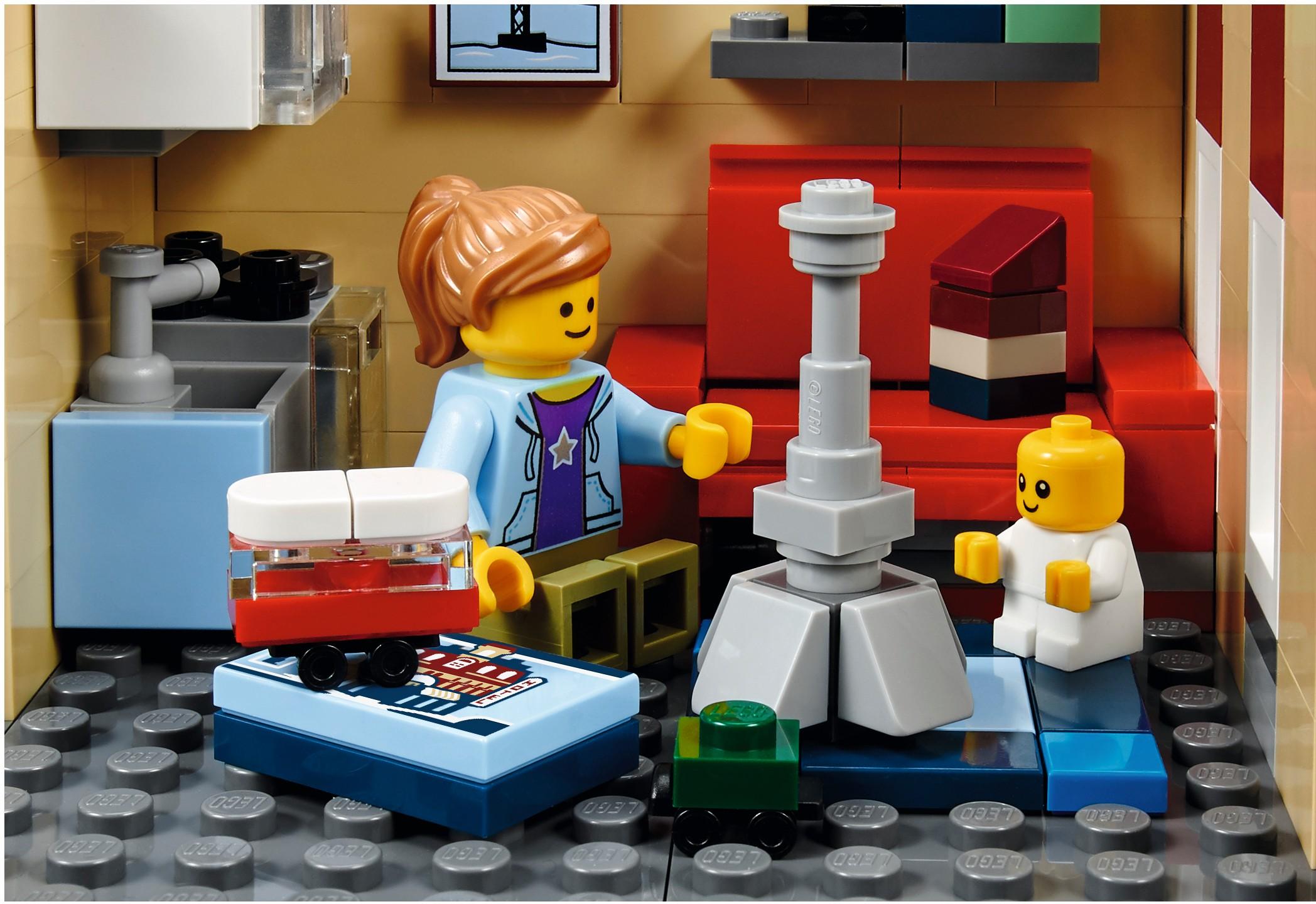 Mua đồ chơi LEGO 10255 - LEGO Creator Expert 10255 - Assembly Square