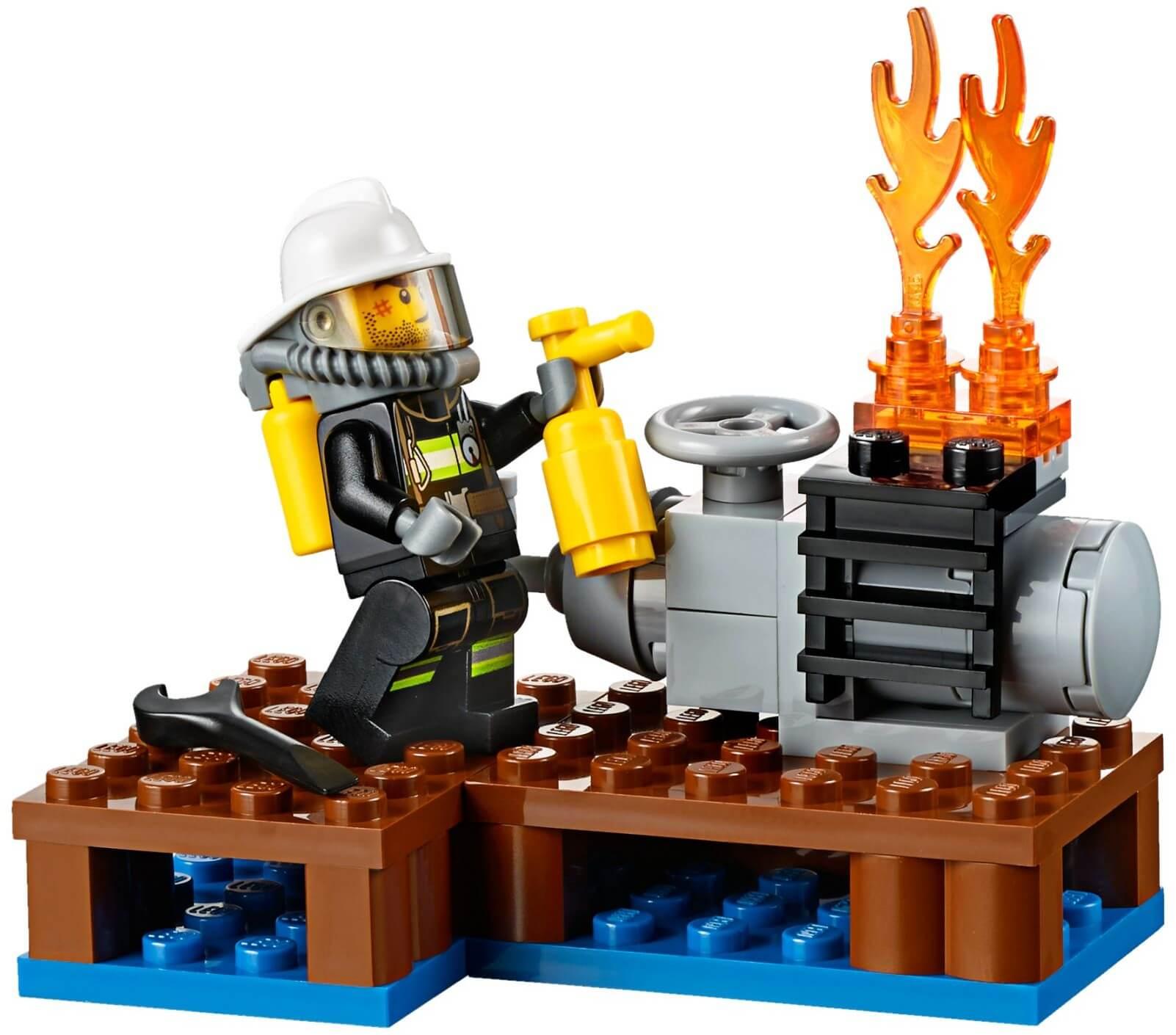 Mua đồ chơi LEGO 60106 - LEGO City 60106 - Đội Lính Cứu Hỏa (LEGO City Fire Starter Set 60106)