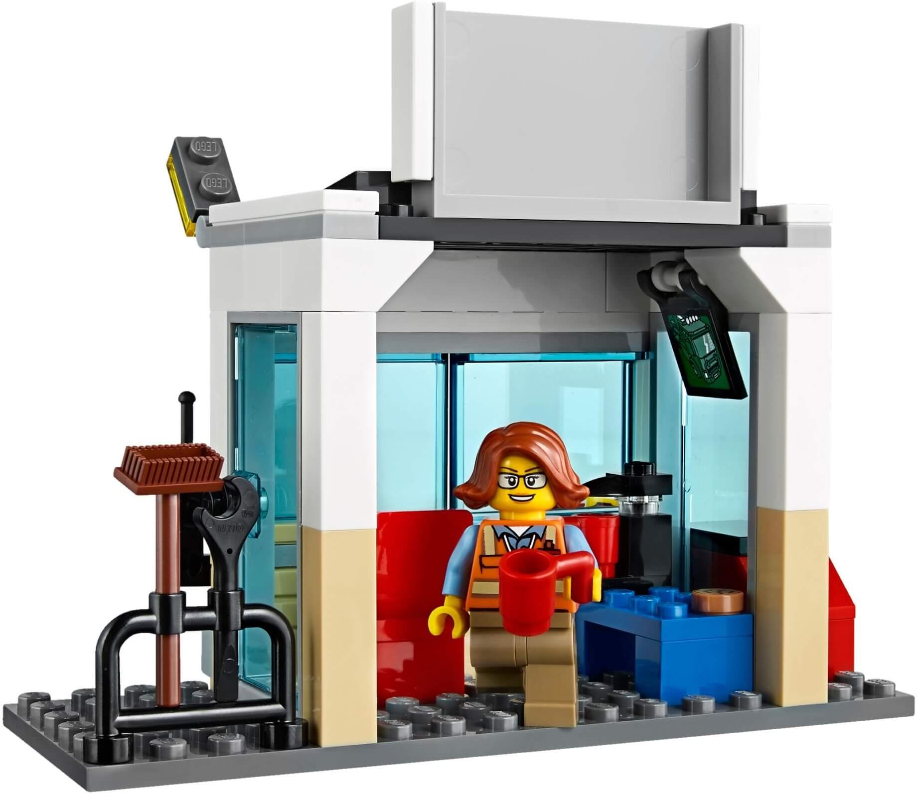 Mua đồ chơi LEGO 60169 - LEGO City 60169 - Trạm Xe Container (LEGO City Town Cargo Terminal)