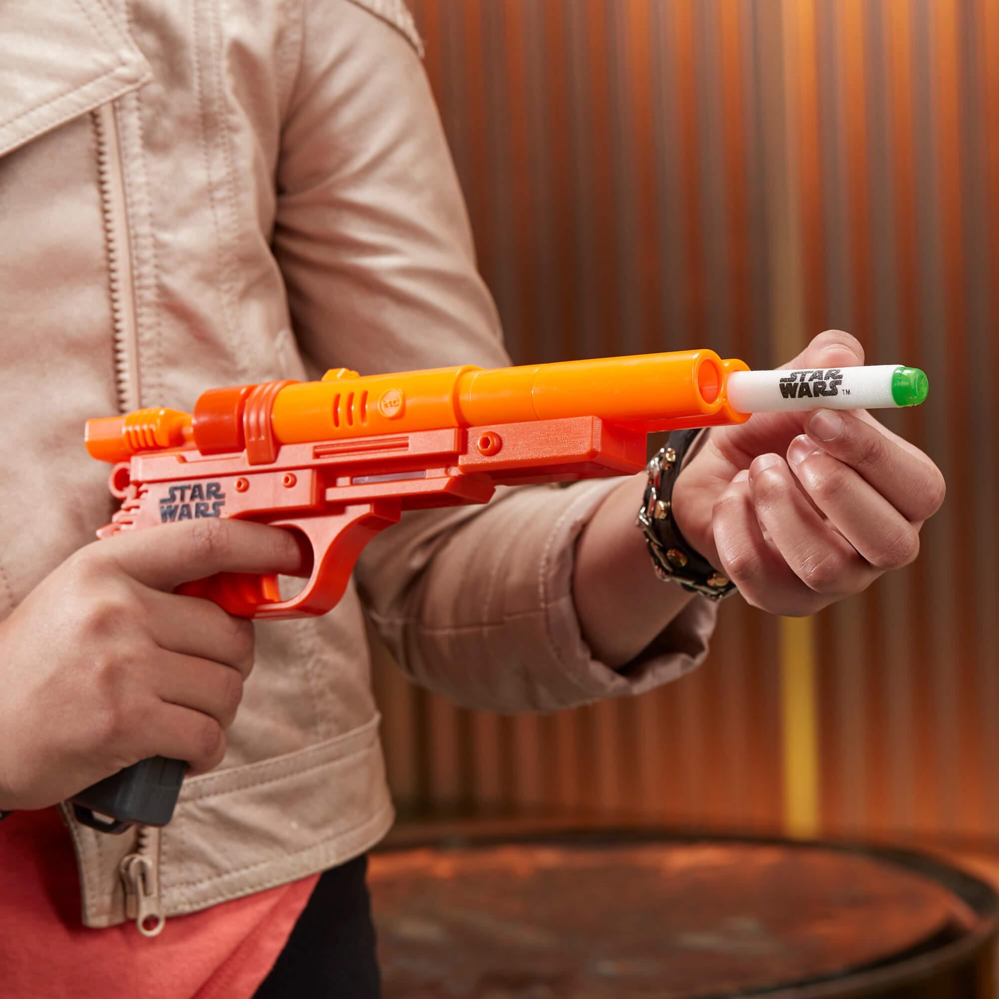 Mua đồ chơi súng NERF E0288 - (Mã: E0288) Súng NERF Star Wars của Qi'Ra (dòng N-Strike Elite)