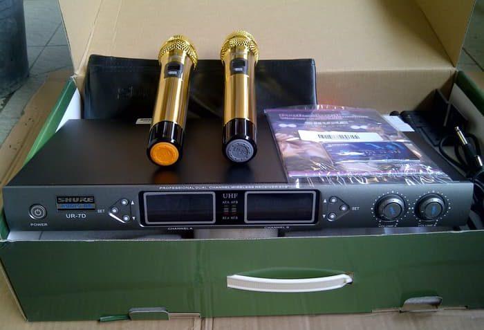 Mic-Vokal-Wireless-Tanpa-Kabel-Shure-UR7D