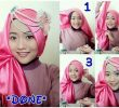 40 Tutorial Hijab Pashmina Satin Simple Kreasi Terbaru