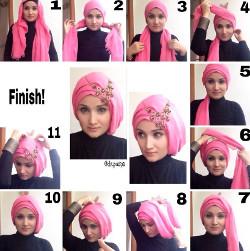 tutorial hijab wisuda segi empat 4