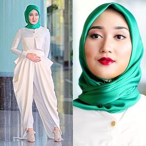 Model Jilbab Wisuda Dian Pelangi 1