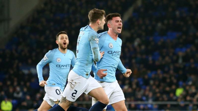 Selebrasi Aymeric Laporte saat cetak gol ke gawang Everton (Press Form)
