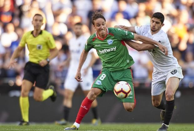 Tekuk Alaves 3-1, Valencia naik ke posisi 4 klasemen
