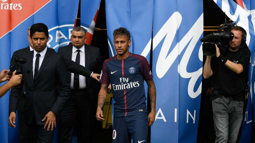 Neymar jadi pembelian termahal yang dilakukan oleh PSG