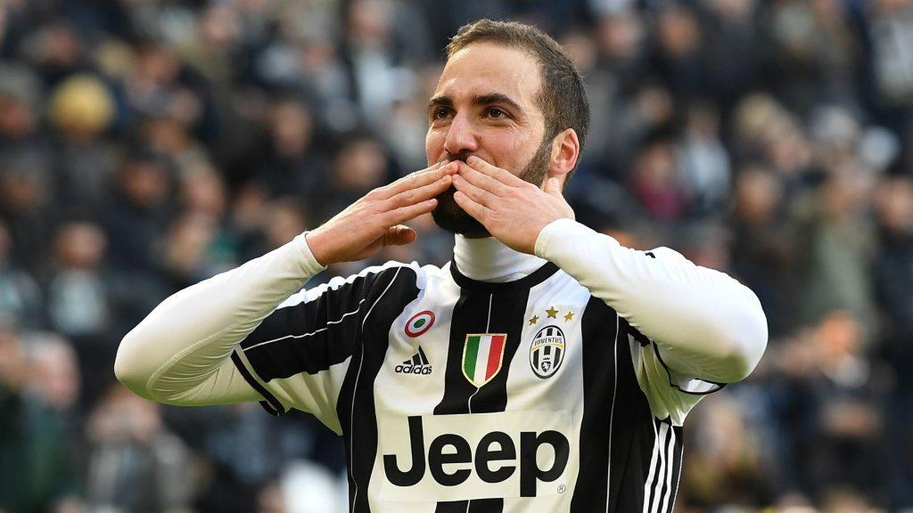 Gonzalo Higuain Kian Dekat Dengan AS Roma
