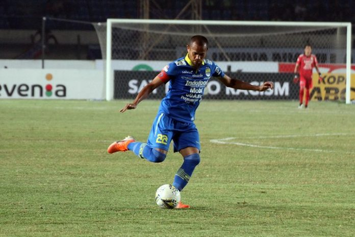 Liga 1 Shopee : Laga Madura United vs Persib Diwarnai Kontroversi