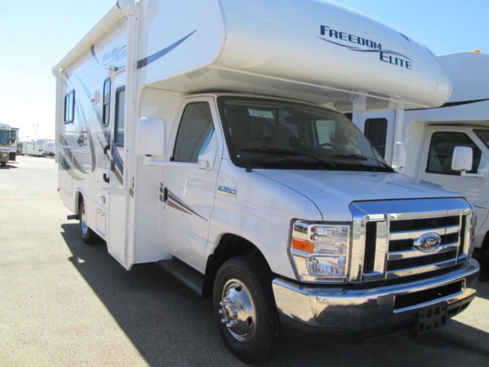 2016 thor motor coach freedom elite 23h motor home class c for 2016 thor motor coach