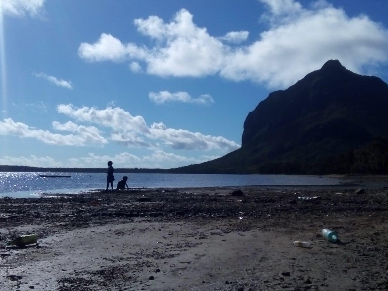 Villageoises : Rivière-Noire, un développement à deux vitesses