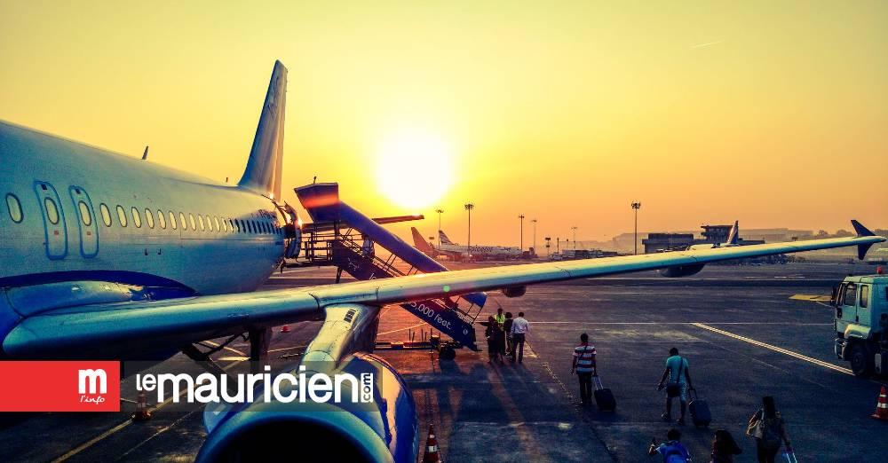 Hong Kong: 49 passagers positifs au Covid-19 sur un vol arrivant de Delhi - Le Mauricien