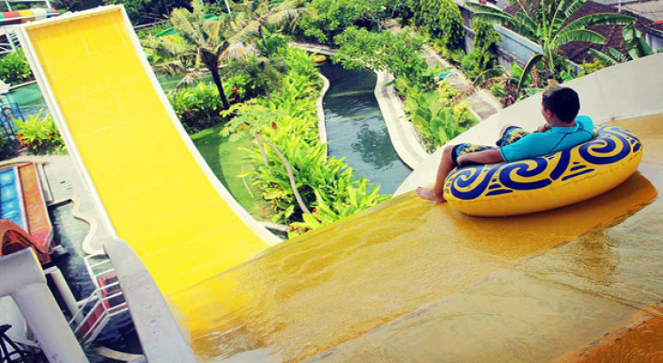 CIRCUS WATERPARK BALI - Background