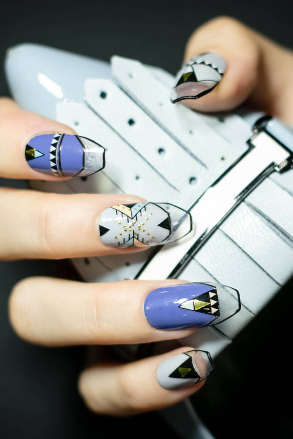 This Picasso Uses Nails as Her Canvas, and She's on Instagram