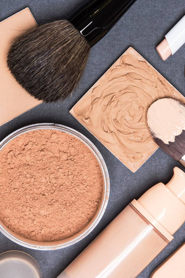 Makeup products you need to have in your bag at all times