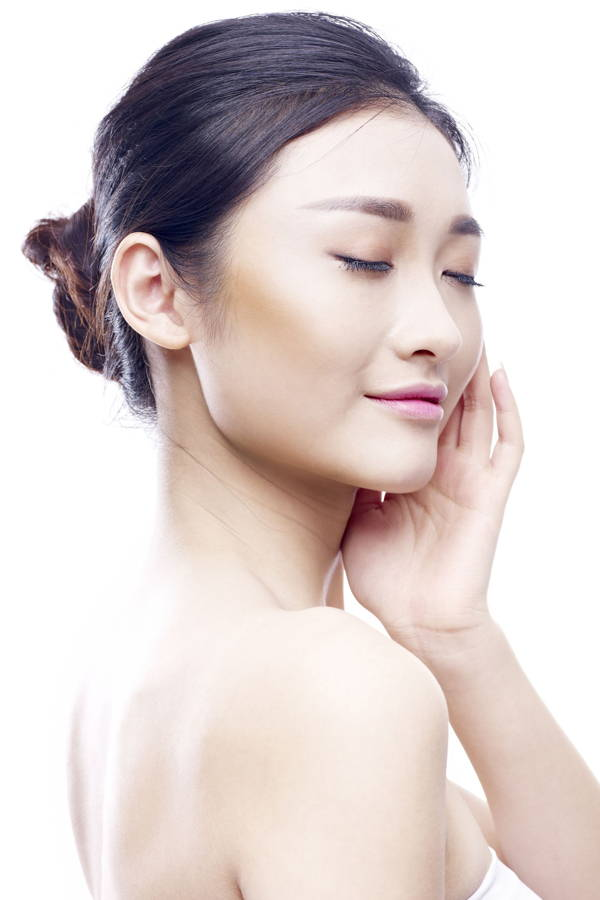The Korean 7 Skin Method is the Answer to Glowing K-Drama Skin