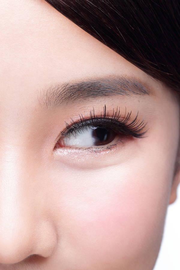 The secret to flirtatious lashes