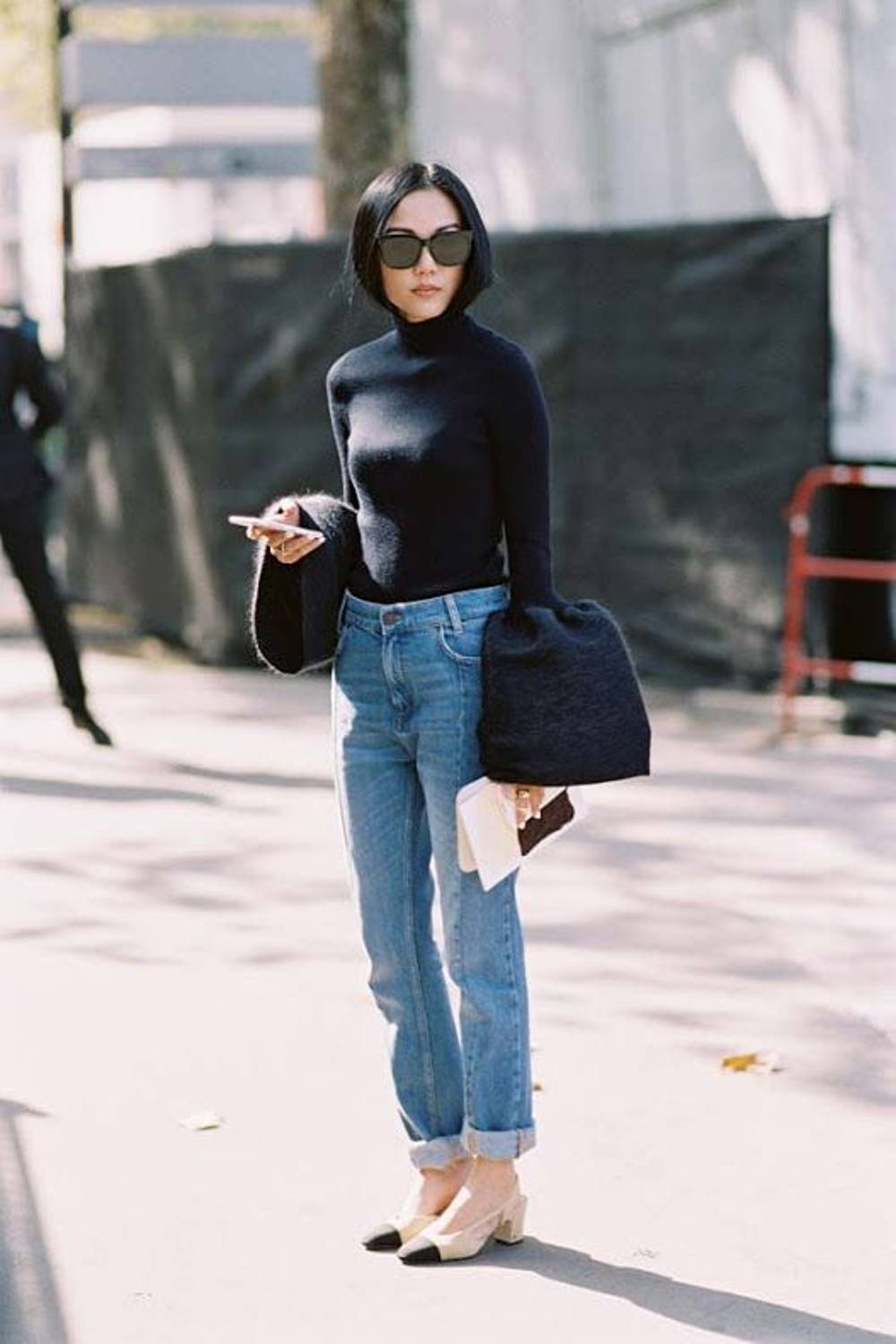 Bell sleeve straight jeans