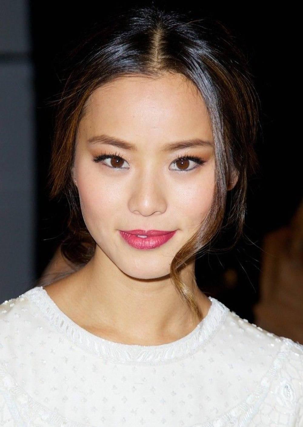 Jamie Chung winged eyeliner