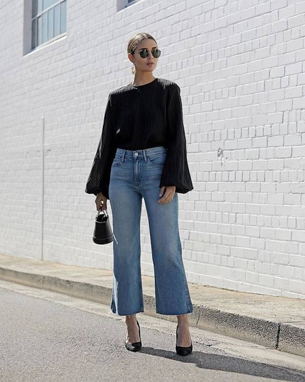 Bell sleeves flare jeans
