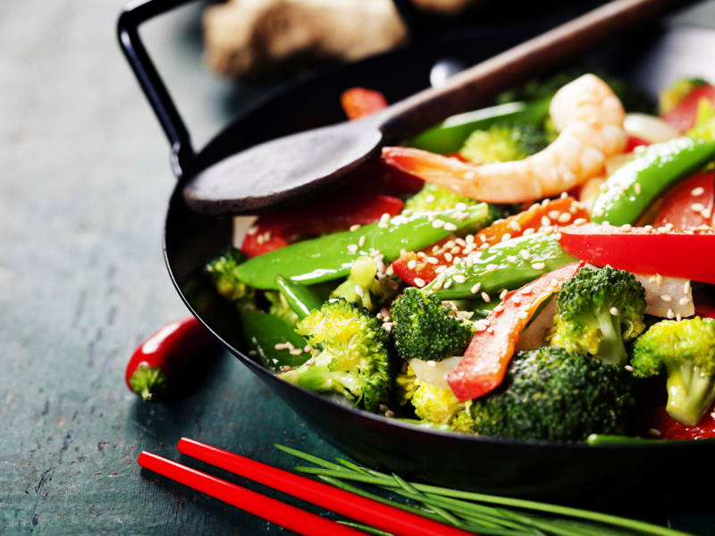 stir fry prawn brocolli