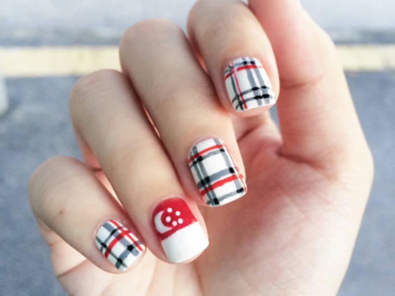 Singapore manicure