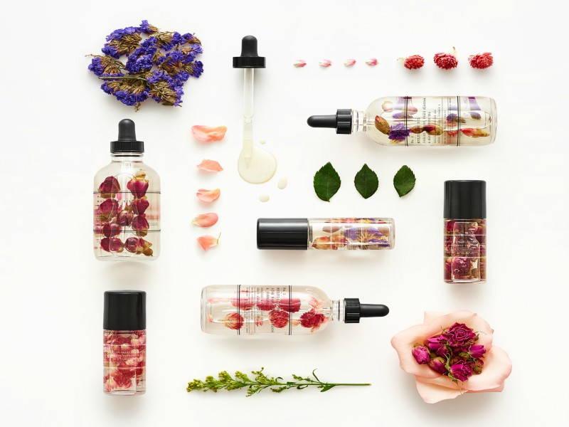 rosebud petals perfume oil